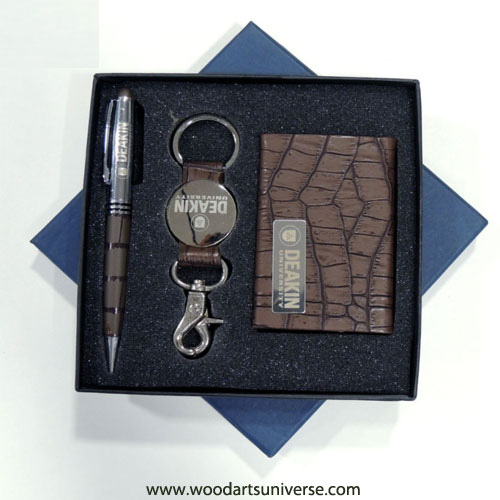 Brown Crocodile Embossed Business Gift Set WAURWGNG2700