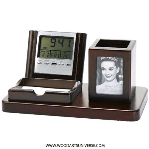 Pen Holder With Photo Frame And Digital Clock WAUJLOB019500
