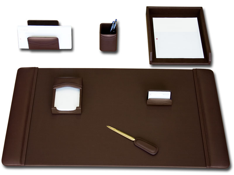 Chocolate Brown Leather 7 Piece Desk Set  WAUCUSTD34040